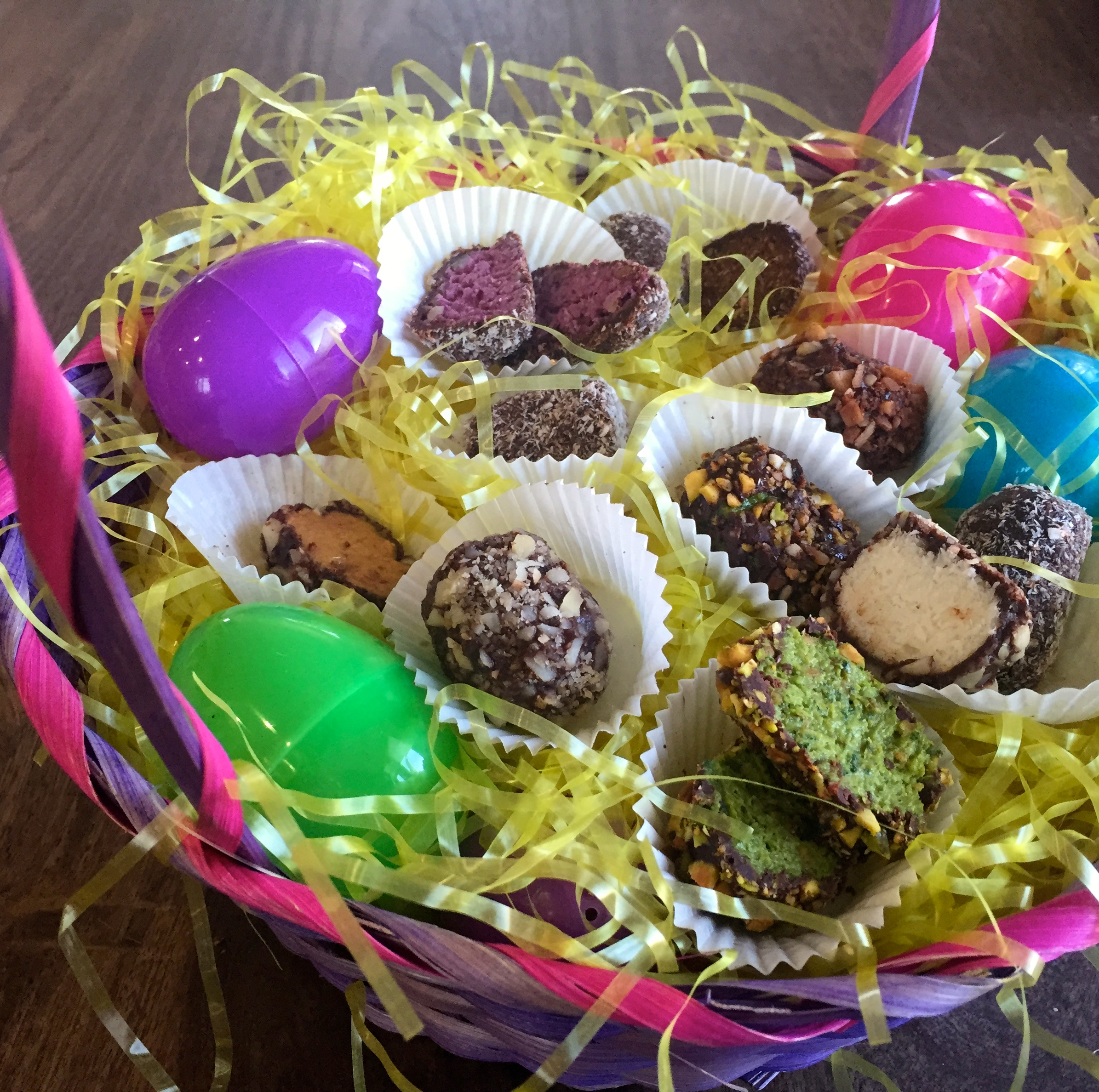 Healthy Vegan Easter Egg Truffles